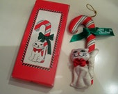 Rare Fancy Feast Kitty Cat ornament in box tree ornament 1989 no longer in production White kitty cat with a candy cane