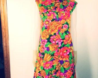 Vintage 1960's Mod Floral Shift Dress
