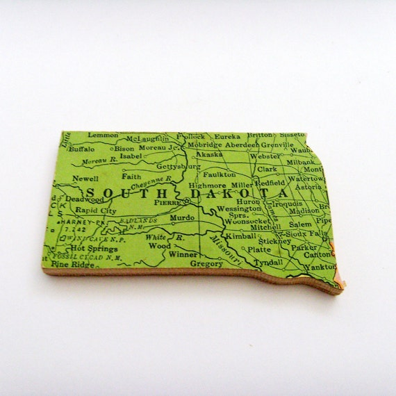 South Dakota Brooch - Lapel Pin / Upcycled 1940s Straus Wood Puzzle Piece / Unique Wearable History Gift Idea / Timeless Gift Under 25