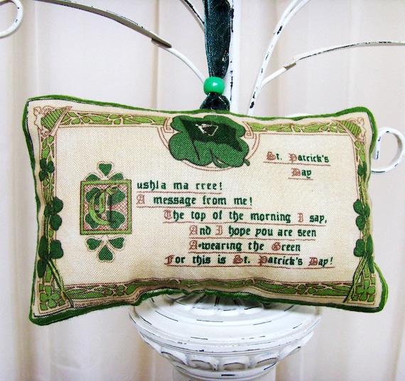 Paddy's Day Message from Me Irish Ornament - Sachet / Green Shamrocks / St Patricks Day Ornament / Cream, Green / Gold Harps / Gift Under 15