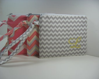 Set of 8  Personalized Wedding Gifts - Clutch- Zipper Pouch- Personalized Wristlet - Chevron - Small