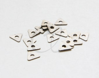 20pcs Antique Brass Plated Brass Base Triangle Spacer - 7mm (1918C-U-284)