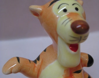 Tigger Figurine Ceramic Vintage Japan Disney