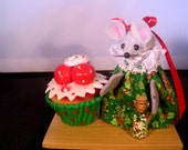 Christmas Mouse with a Cupcake