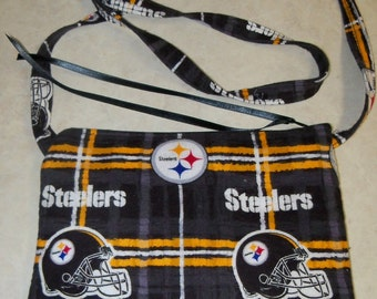Steelers Over the Shoulder Flannel Zipper Pouch