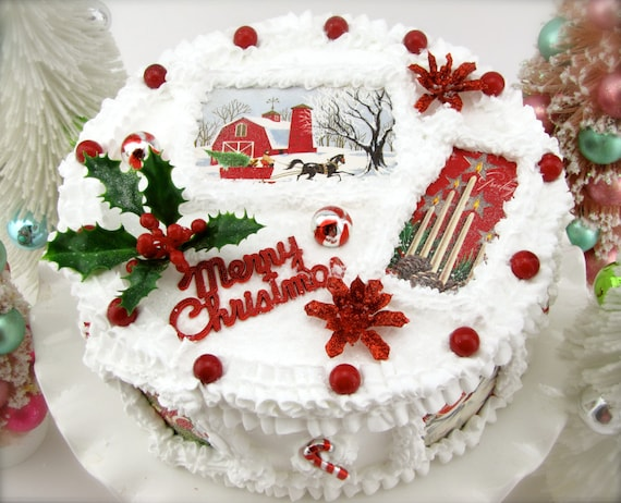 Etsy Christmas Cake Decorations : Fake Christmas Cake w/ Vintage Christmas Card Images.