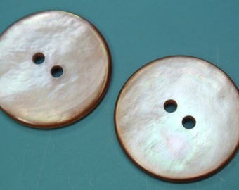 Lot of 4 large vintage 1950s unused shimmering light beigebrown natural organic mop mother of pearl buttons