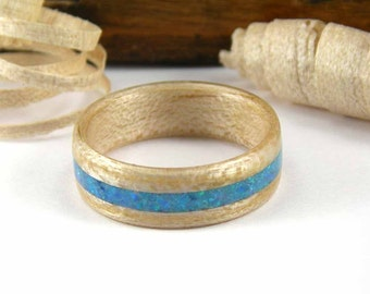Bentwood Ring Maple with Blue Opal Inlay