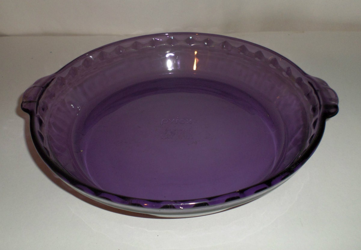 Vintage Purple Pyrex Pie Plate Fluted Amethyst Pyrex Pie