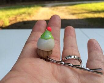 Cupcake Bobby Pin