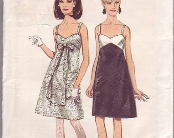 1960s Butterick 461 one piece dress bust 36""