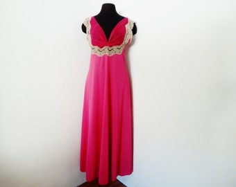 Vintage 60s Magenta Nightgown Luxury Lingerie Hot Pink Negligee' Lace Hollywood Glamour S Small
