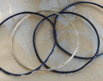 Pretty Vintage Black, Gold Thin Bangle Bracelets (4)