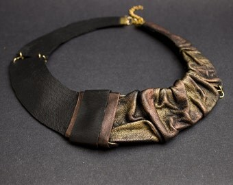 Elegant Leather necklace Bib necklace Collar. Copper and gold color Statement jewelry