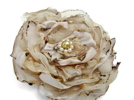Wedding hair flower, Beige Flower Accessory, Made To Order