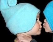 chapeau d'hiver swirly elfique ICY TURQUOISE bleu swirlyhat de l'enfant