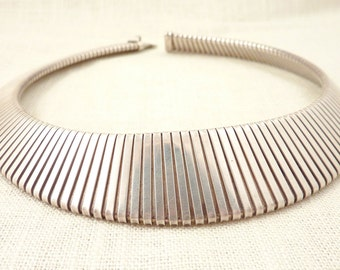 SALE ------ Gorgeous Antique Sterling Articulating Deco Choker Necklace