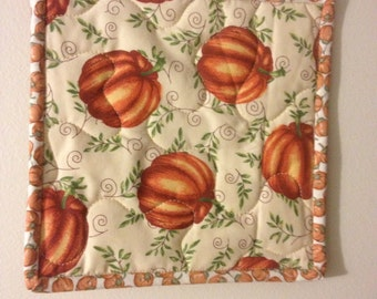 Insulbrite Quilted Potholder:  Fall Pumpkins, kitchen and home decor, hostess gift, orange,ready to ship