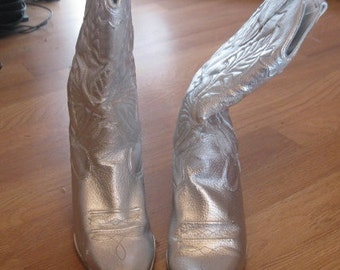 silver leather cowboy boots size 8