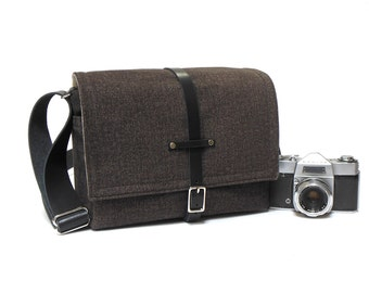 Medium DSLR camera bag with padded insert - dark gray