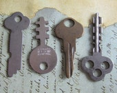 Vintage old keys- Steampunk - Altered art J82