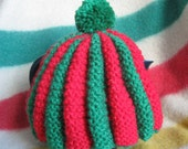 TEA COZY - Red and Green, Hand Knitted, Traditional pattern
