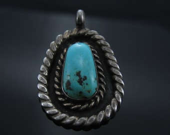 Vintage Turquoise Sterling Silver Double Wire Rim Pendant