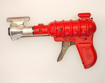 1935 Wyandotte 33 Repeater Ray Gun - Buck Rogers