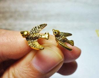 Little Sparrow Earrings - Antique Brass