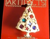 Vintage JJ Christmas Tree Brooch signed by J.J. Colorful Rhinestones 1986