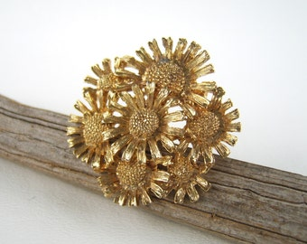 Vintage Gold Floral Scarf Clip Daisy Flowers