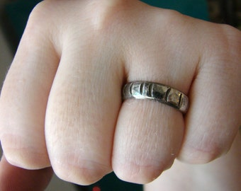 Vintage simple silver band ring- size 7