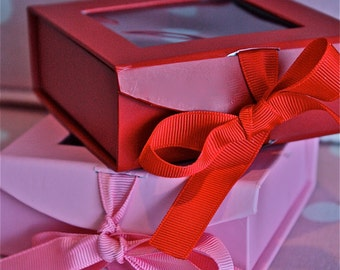 pink candy boxes-red and pink candy boxes-red and pink truffle boxes-valentine candy boxes-wedding favor boxes