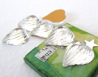 Vintage Glass Cabochons Clear Hearts Grooved Deco 12mm gcb1080 (6)