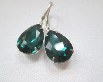 Emerald Green Faceted Crystal Gemstone Dangle Silver Earrings