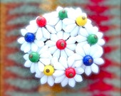 Vintage Daisy Bouquet Glass Bead Flower Brooch Handmade White Red Green Yellow Blue Antique Jewelry