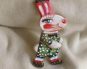 Original brooch Little Rabbit made with paper clay OOAK from miliaart studio