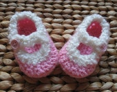 Santa Baby Christmas Pink and White Baby Mary Jane Shoes 0-3 Months