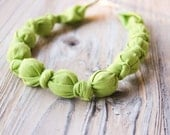 Apple green organic cotton nursing / babywearing necklace - wooden beads and organic cotton - Free Shipping