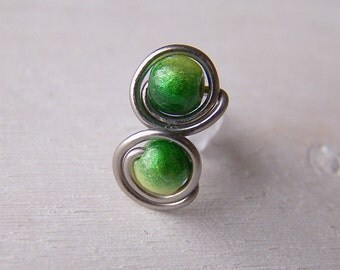 pure titanium post stud earrings green for senstive ears handmade by Variya