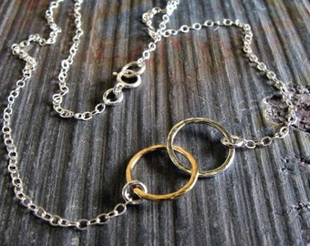 Interlocking rings necklace. Minimalist bridesmaid gift. Sterling silver & 14k gold filled. Best friend friendship jewelry. Mixed metals
