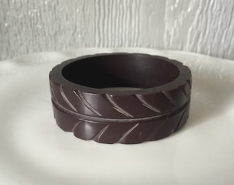 Vintage Chocolate Brown Thick Carved Bangle Bracelet Faux  Bakelite