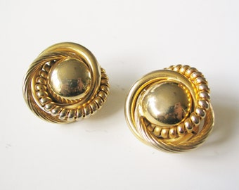 Huge clip earrings: Fantastic, huge, super kitsch 1980s statement gold tone textured stylised hollow clip on statement earrings
