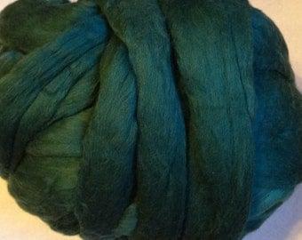 Roving Merino Wool - Dark Pine - 8oz