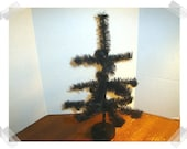 Bottle Brush Halloween Tree with Wooden Base*/ Holiday Decor*