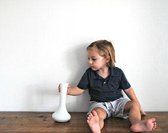 Vintage White Milk Glass Vase With Diamond Design