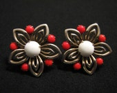Antique Silvery Gold Tone Red and White Milk Glass Filigree Daisy Flower Screwback Earrings