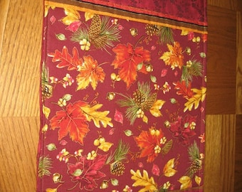 4 Placemats with Fall, Autumn Colors and Leaves,Gold,Red,Green