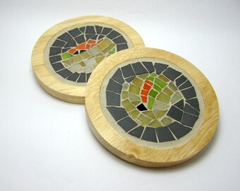 2 Coasters with mosaic