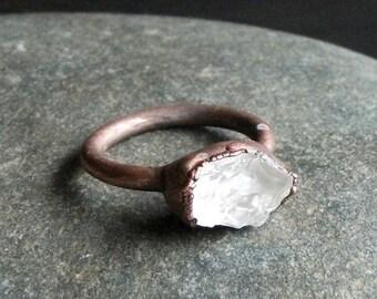 Raw Crystal Ring, Quartz Ring, Copper Quartz Ring, Copper Crystal Ring, Copper Gemstone Ring, Copper Ring, Quartz Ring, Ring Size 5.5